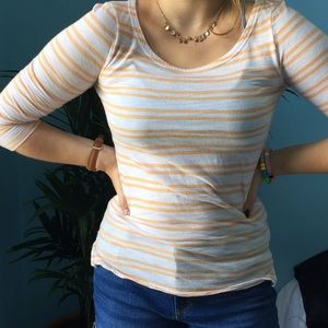 Striped white and yellow 3/4 sleeve top.